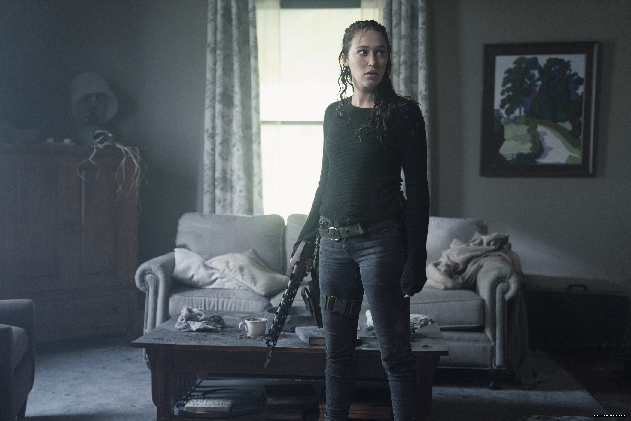 Press: 'Fear The Walking Dead' Leans On Alycia Debnam-Carey To Save It Yet Again